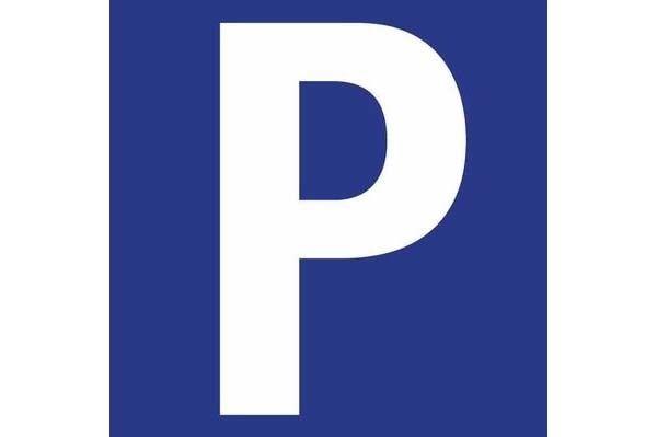 Parkplatz Malserstraße