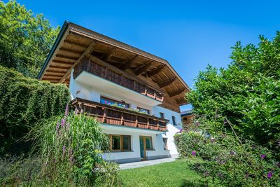 Holiday apartment Chalet Schlossblick 1