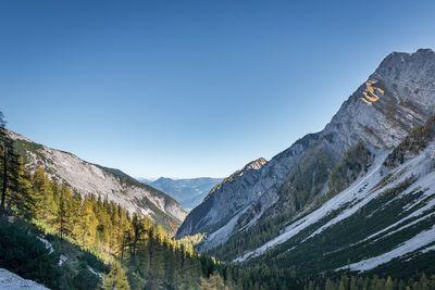 Von der Eng zur Lamsenjochhütte 3