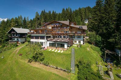 Frieden - Das alpine Panorama-Hotel 1